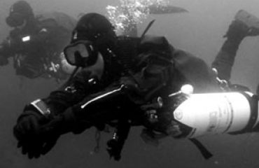 Sidemount Divers Featured Image