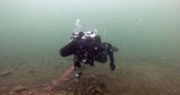 Diver Doing Shutdowns Full Size